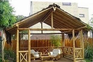 A mi manera casetas de bamb for Casetas para patios