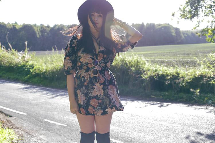 hippy outfit, floral dress, vintage,