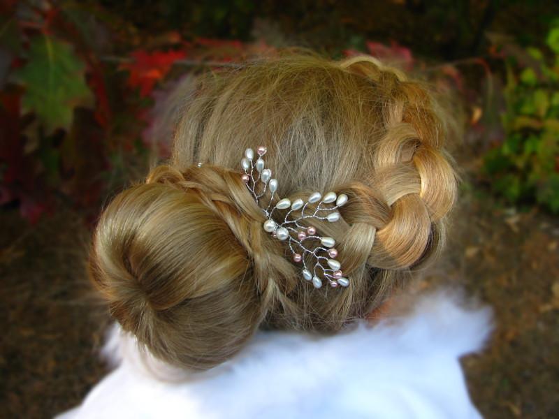 Ślubna spinka do włosów z perłami