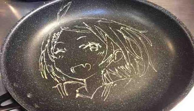 """بالصور.. """"Keesuke Inagaki"""" فنان يرسم لوحاته على فطائر البان كيك!"""