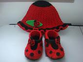 uğurböcekli şapka,patik