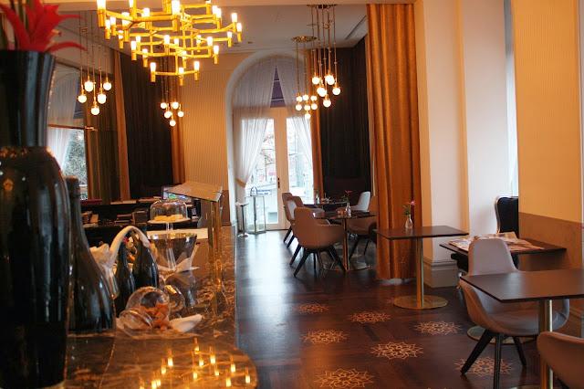 Das Hauben-Restaurant La Veranda © Copyright Monika Fuchs, TravelWorldOnline