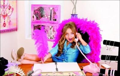Menina de 6 anos vira empresária e fatura R$ 2 milhões