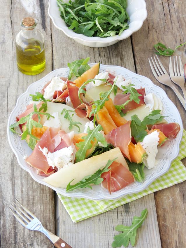 salada de melão, presunto e mozarella