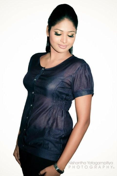Lakshi Perera sexy