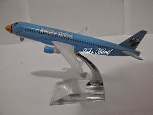 Pesawat Angry Birds Blue