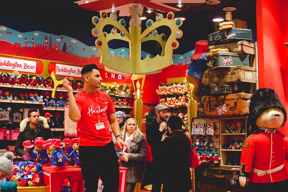 Londres 7 activit s gratuites qui plairont vos petits hey vanmay - Grand magasin de jouet a londres ...