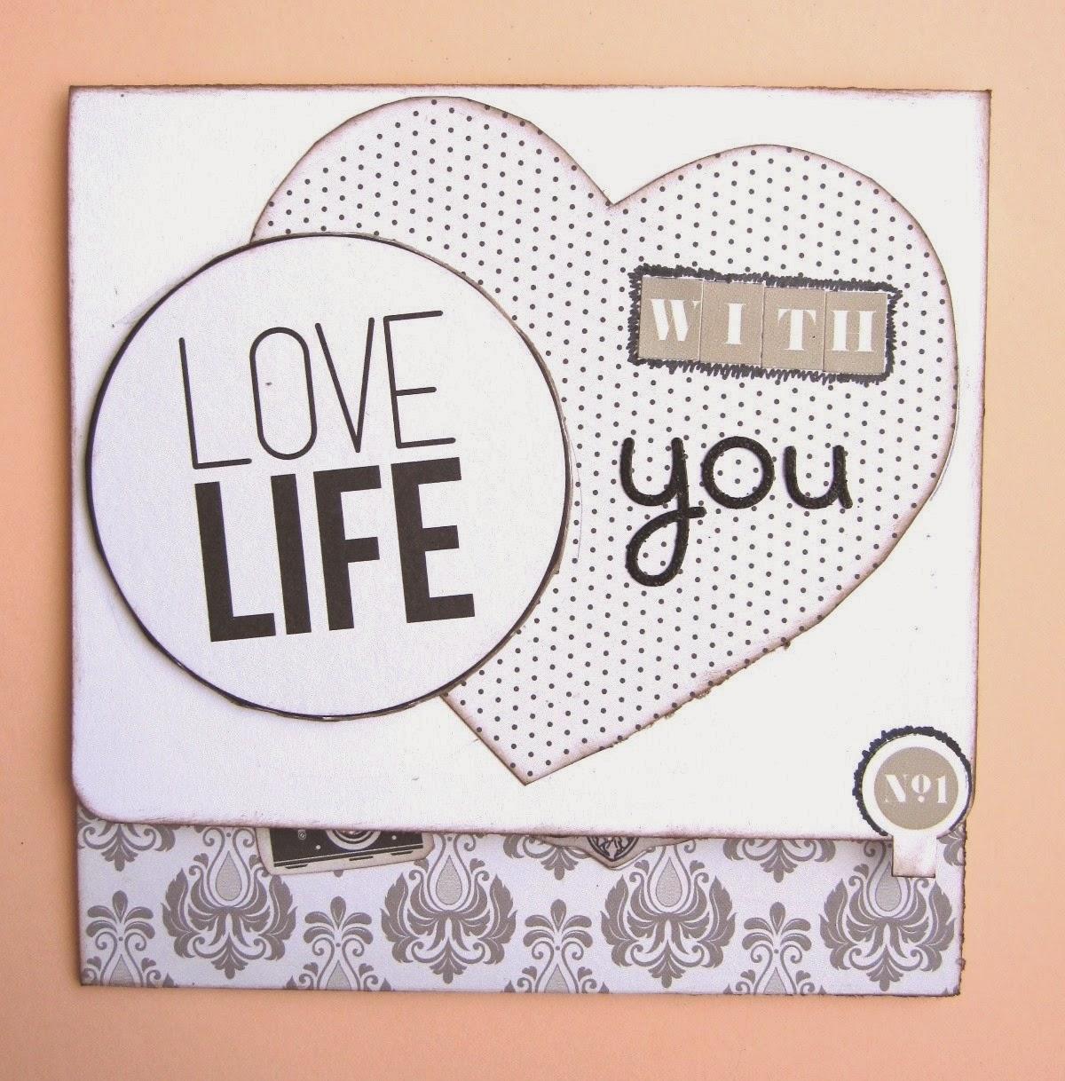 foto 7 decoración interior LOVE mini-álbum, portada tarjeta tríptico con mensaje 'Love life with you'