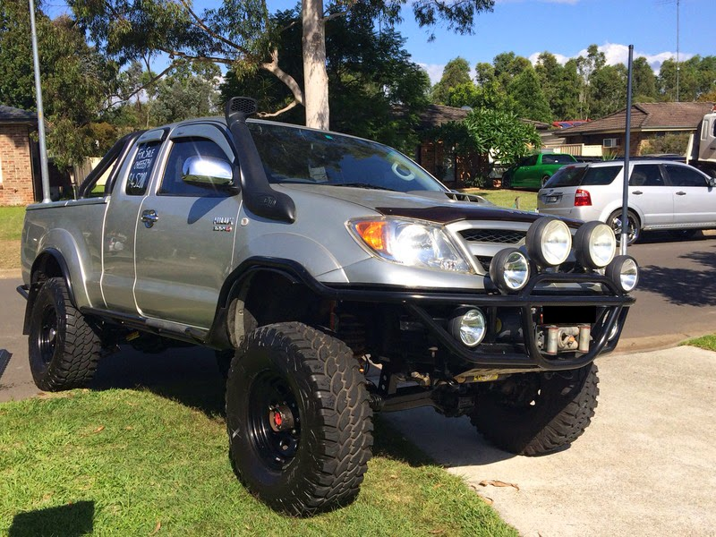 modifikasi toyota hilux 4x4