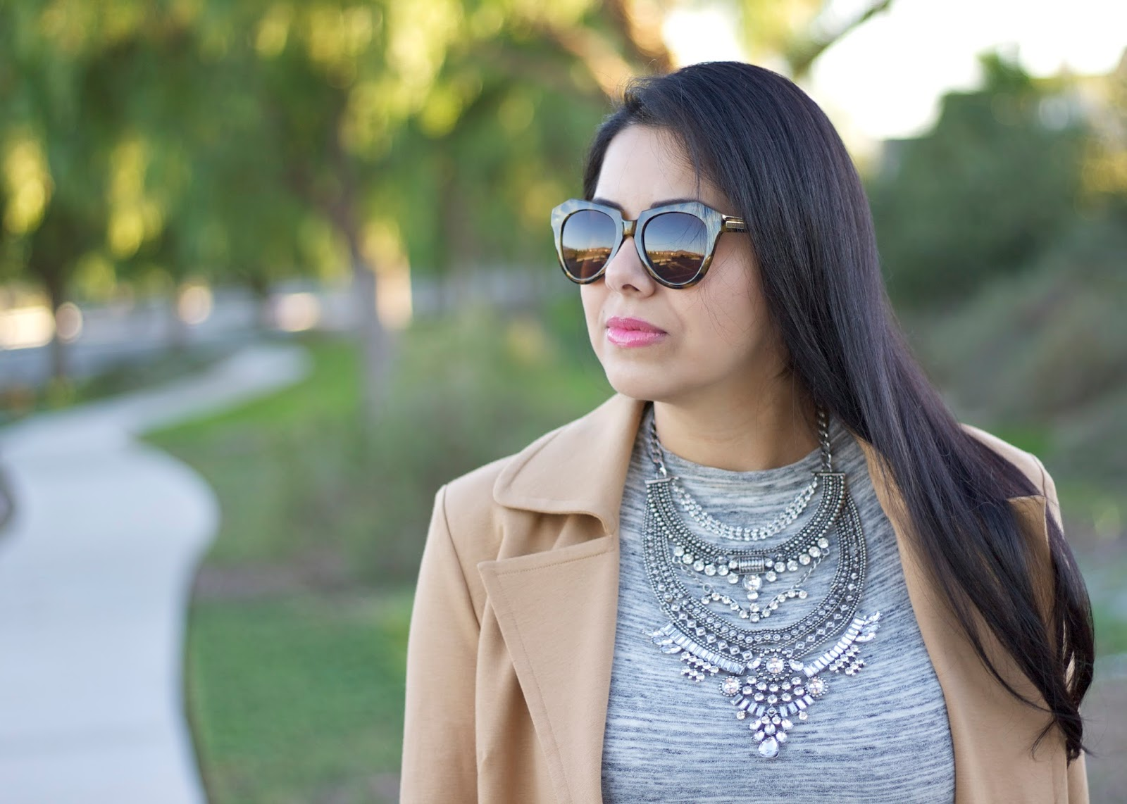 karen walker sunglasses, the happiness boutique statement necklace, statement necklace, silver statement necklace