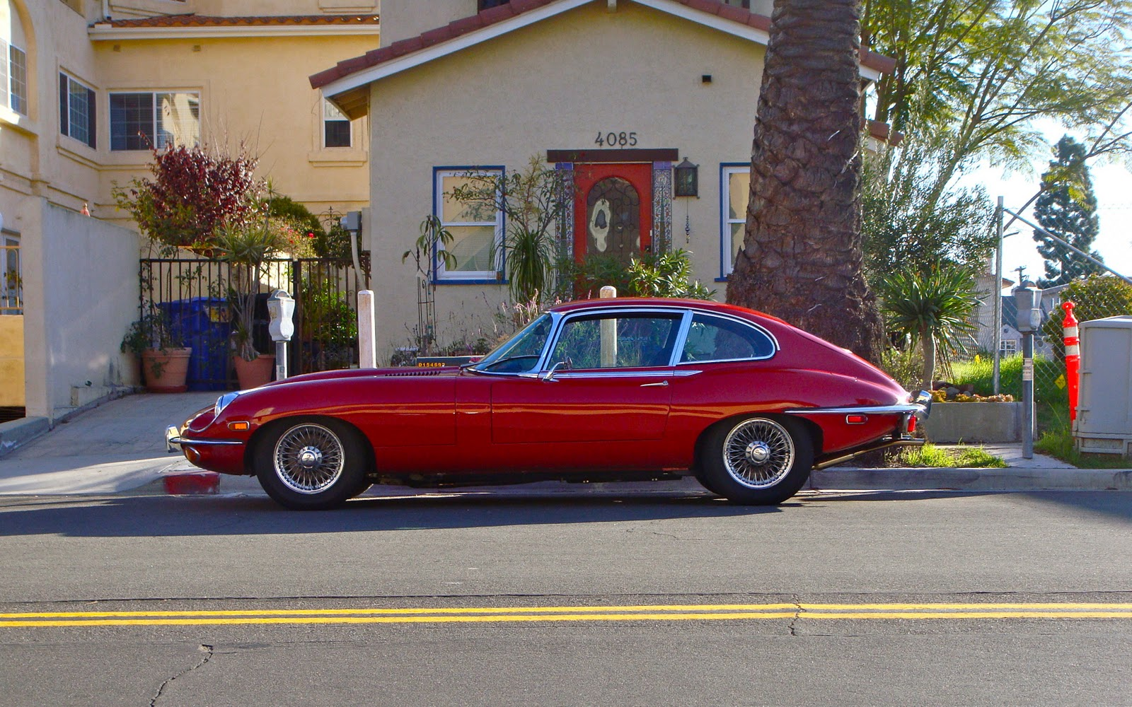 THE STREET PEEP: 1969 Jaguar E-Type 2+2