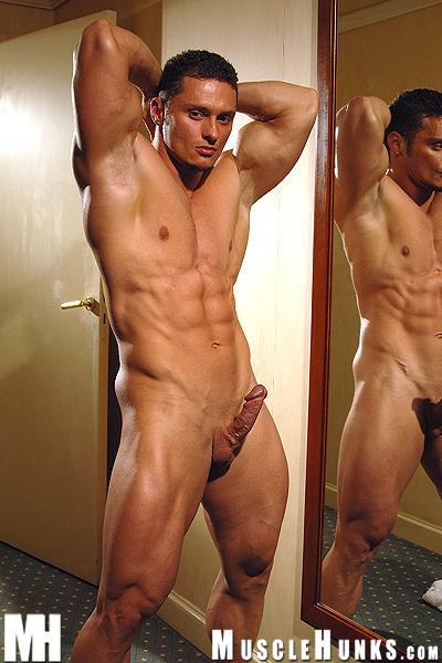 Fotos Gay Solo Boys Tesao Macho Saradao Se Masturbando E Jorrando