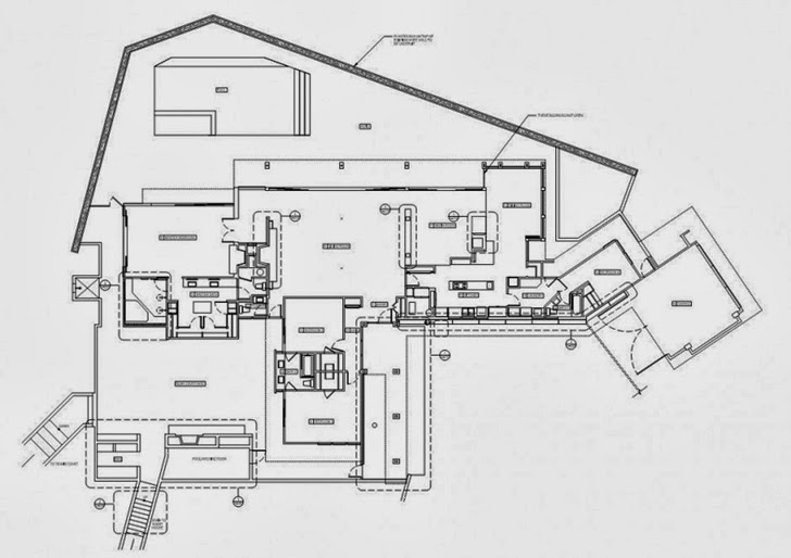 Floor plan of Renovated Beverly Hills House by Pablo Jendretzki