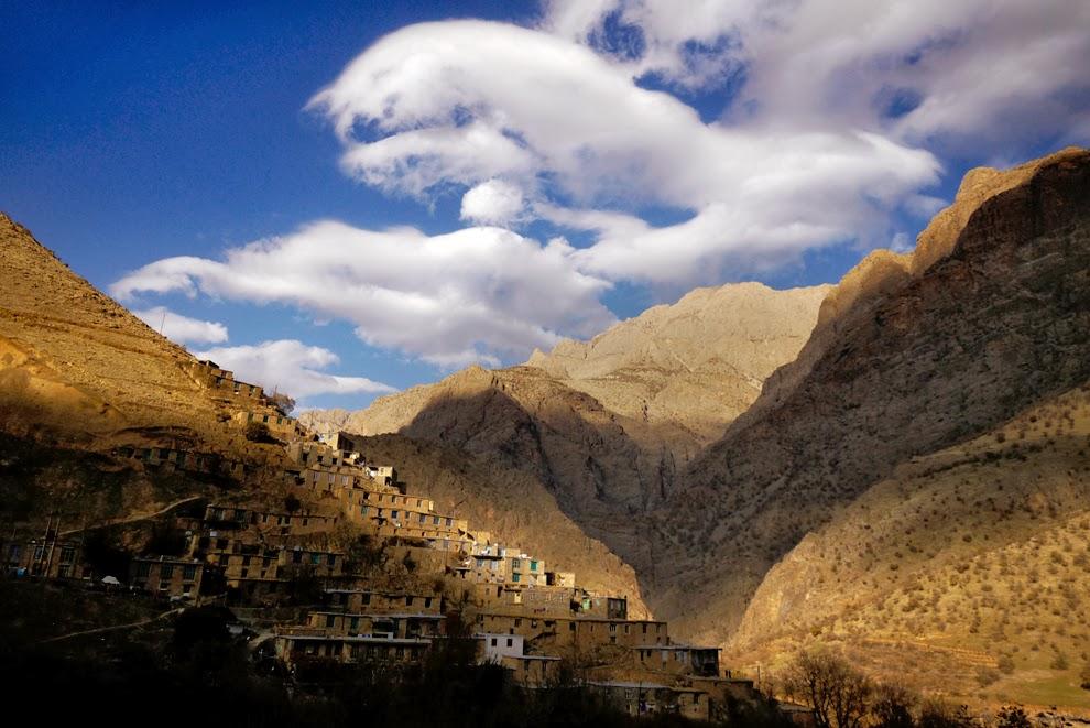 Palangan村と山々