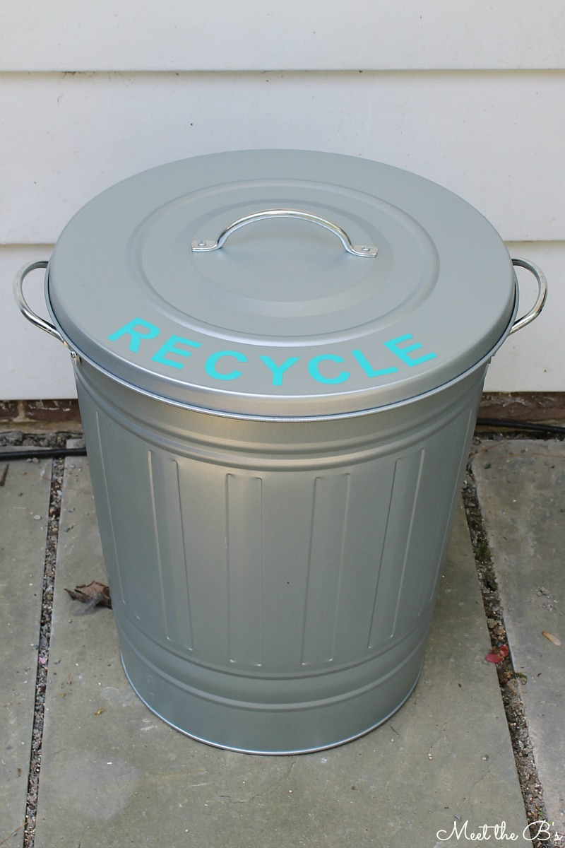 easy diy patio recycling bin the inspired hive. Black Bedroom Furniture Sets. Home Design Ideas