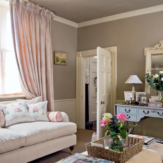 Cosy traditional living room