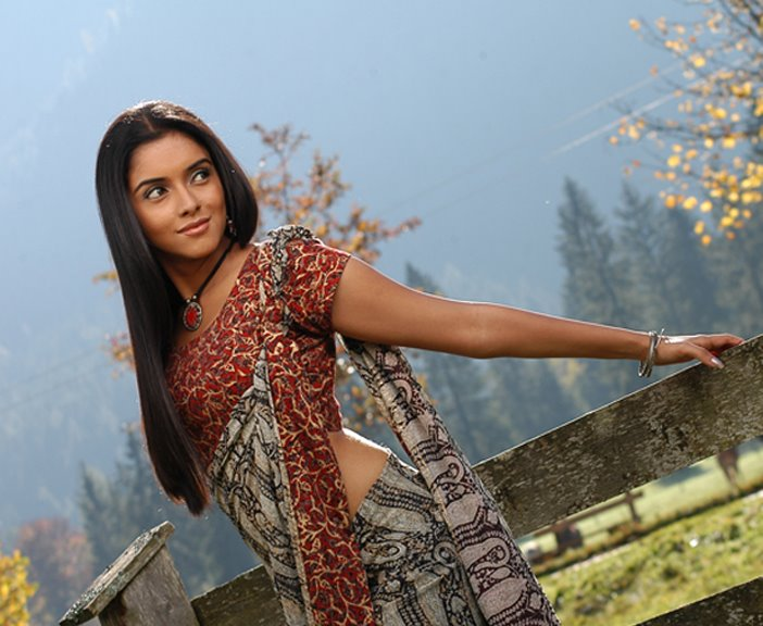 asin in saree. Asin beautiful saree