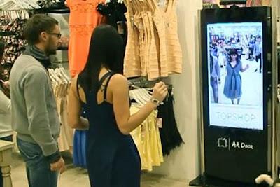 بالصور والفيديو....جهاز يمكن الزبائن من قياس الملابس دون ارتدائها - Kinect Fitting Room for Topshop