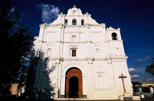 Iglesia de Santiago Apóstol en Chalchuapa, Sta.Ana