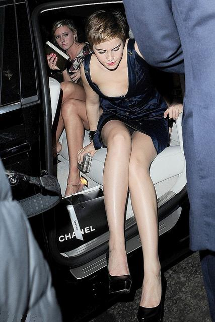 Hot Emma Watson Is Getting Down Form Her Car Beautiful Pictures