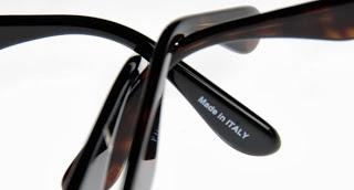 Hogyan állapítsd meg, hogy klónnal vagy eredeti napszemüveggel van-e dolgod?