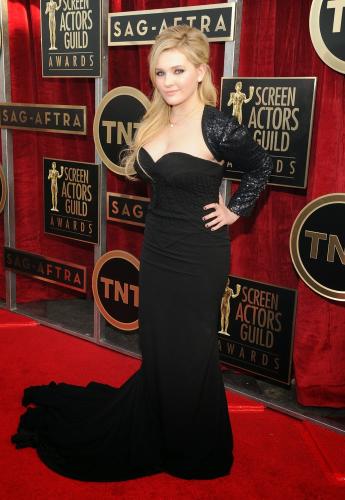 Abigail Breslin in Chagoury at the SAG awards