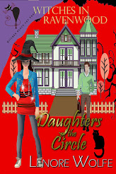 Daughters of the Circle (Book Two, Witches at Ravenwood)