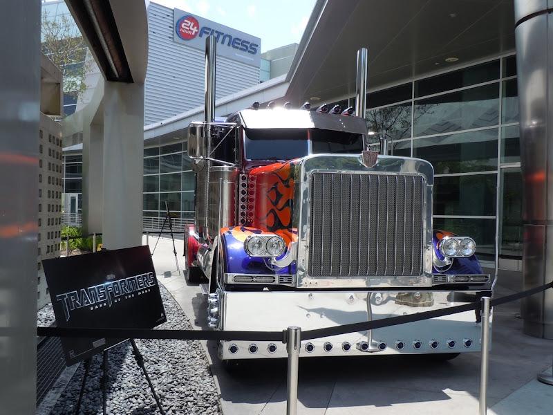 Transformers 3 optimus Prime truck