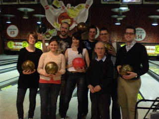 The Ham & Eggers Tenpin Bowling Team with the Mayor of Luton - from l-r: Laura 'Spinsten' Wood, Emily 'Skipping Rope' Gottfried, Nina 'Somebody' Dukes, Christopher 'Ted Spin' Gottfried, Don 'The Mayor of Luton' Worlding, Richard 'Bowling Shirt' Gottfried, James 'The Great Sparedini' Cunliffe