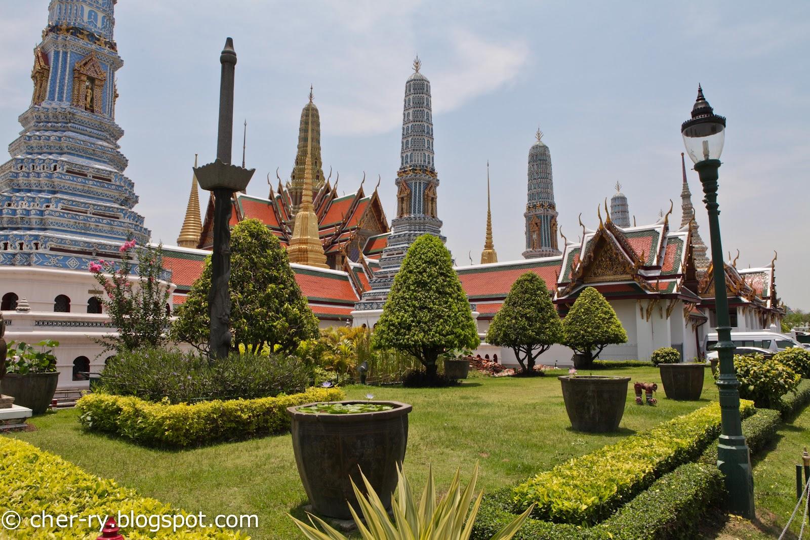 how to go grand palace bangkok