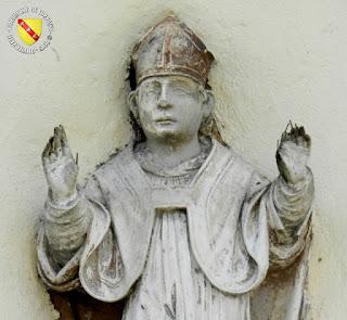 La maison à la statue de Saint-Mansuy, à Chalaines, en Meuse ! A découvrir sur mon blog ici : http://patrimoine-de-lorraine.blogspot.fr/2015/10/chalaines-55-maison-la-statue-de-saint.html