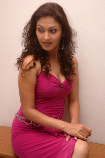 Manjari Phadnis hot photo