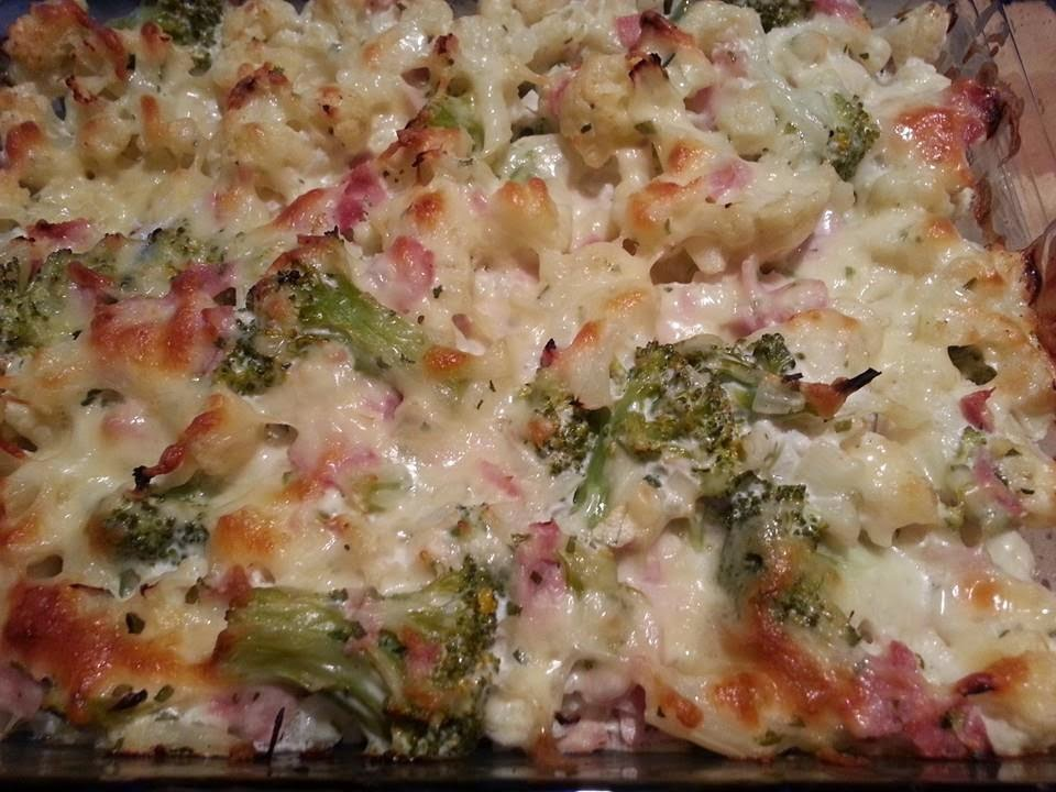lecker und kalorienarm kochen blumenkohl brokkoli auflauf. Black Bedroom Furniture Sets. Home Design Ideas