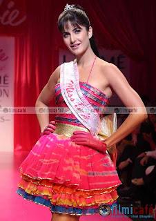 Katrina Kaif Hairstyle Photo Gallery
