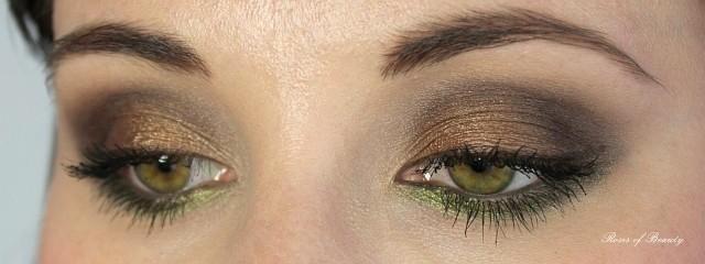 http://rosesofbeauty.blogspot.de/2014/09/comfort-zone-look-5-grun-braun.html