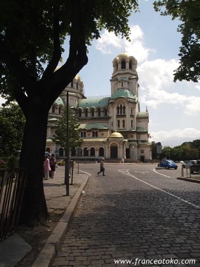ブルガリア・ソフィア観光、アレクサンドルネフスキー大聖堂。ブルガリア旅行、ブルガリア料理、レストラン、名物