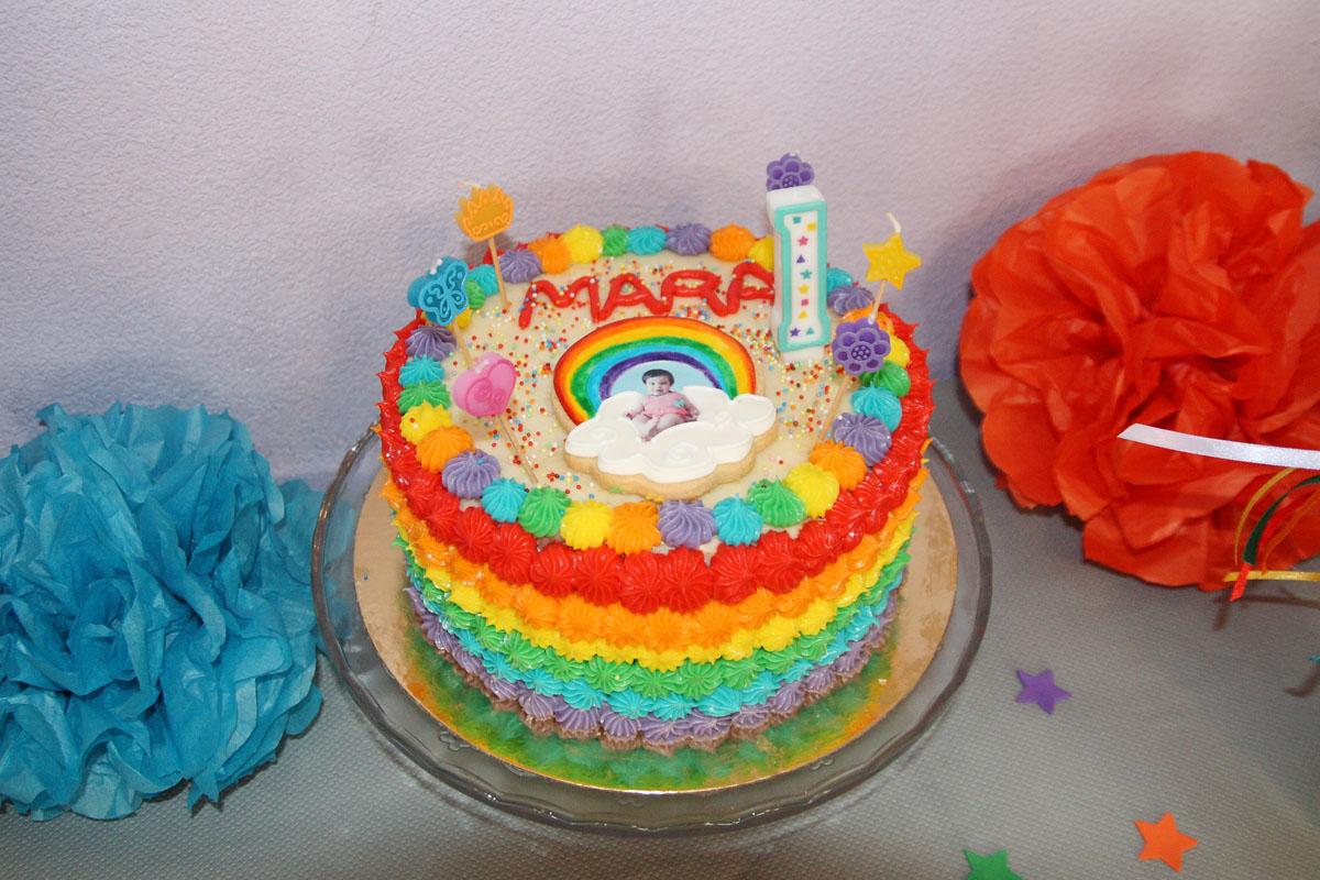 Tastant, tastant...: Fiesta arco iris para el primer cumpleaños de Mara