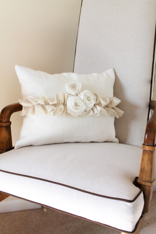How To Make A Throw Pillow With Ruffle : Woven Home: Roses and Ruffles: Pillow Tutorial
