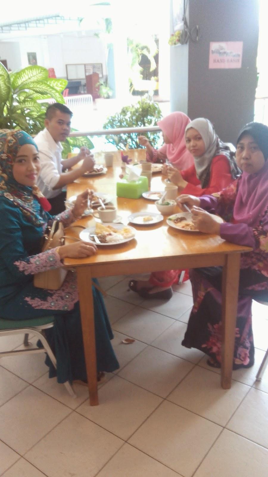 Marina cove resort teluk batik,marina cove resort berhantu ,selfie , blogger lyana rohazi, travel blogger