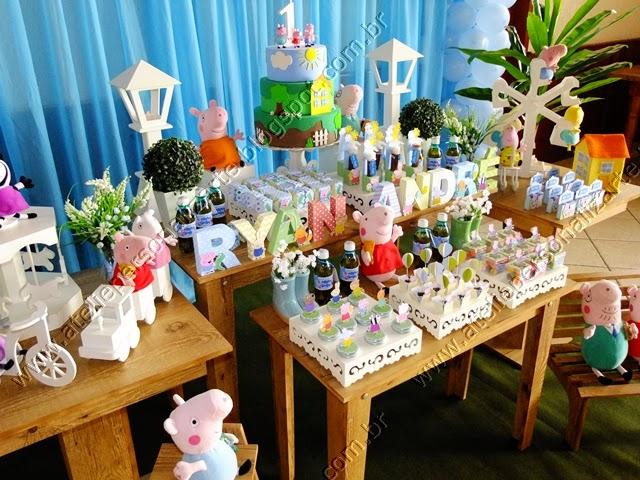 Decoração festa infantil Peppa Pig rústico