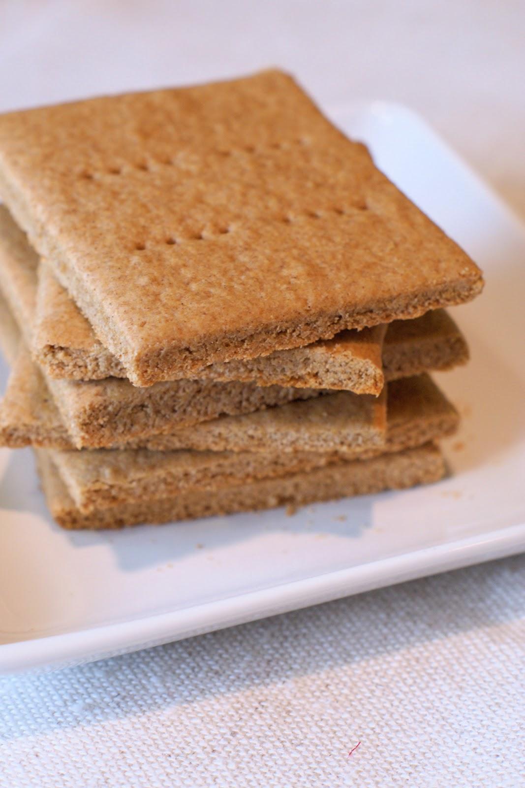 gluten free graham crackers - Sarah Bakes Gluten Free