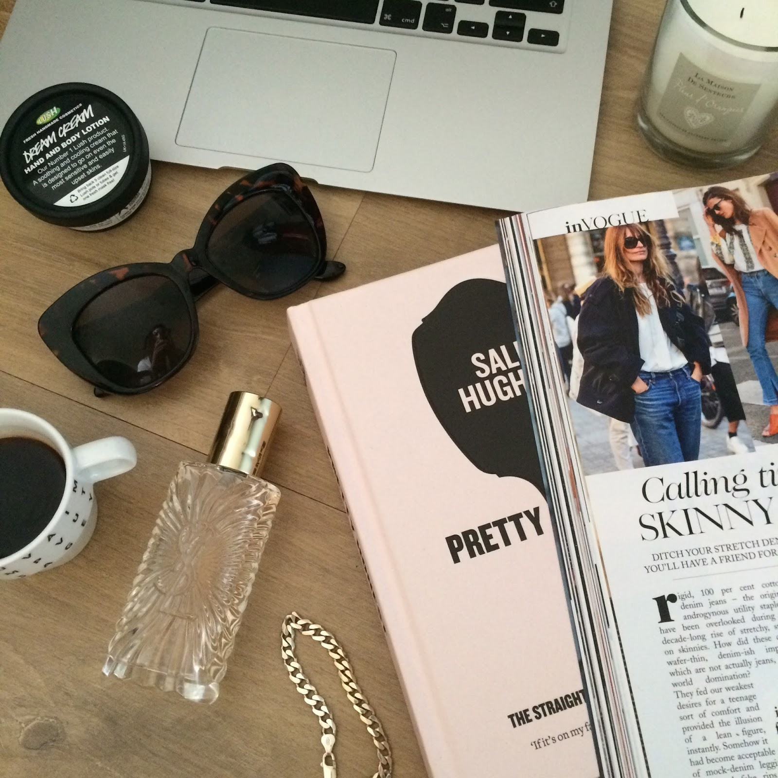 flat lay, instagram, fashion blogger, beauty