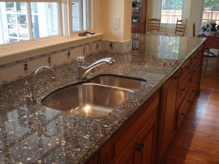 Perfect ... Granite Countertops Cleaning : Kitchen Top ...