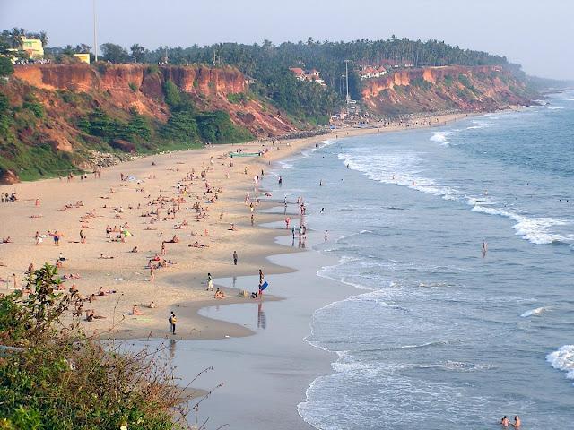 Варкала, центральный пляж города