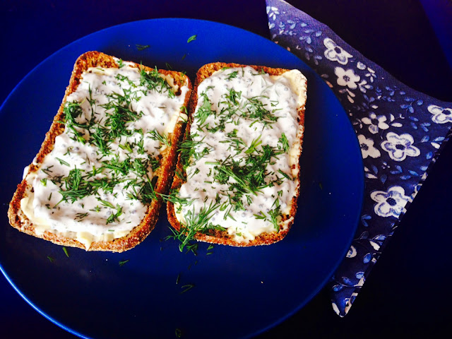 Lumpfish caviar and sour cream spread on sour dough rye bread