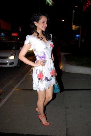 , Kangana Ranaut In White Floral Skirt