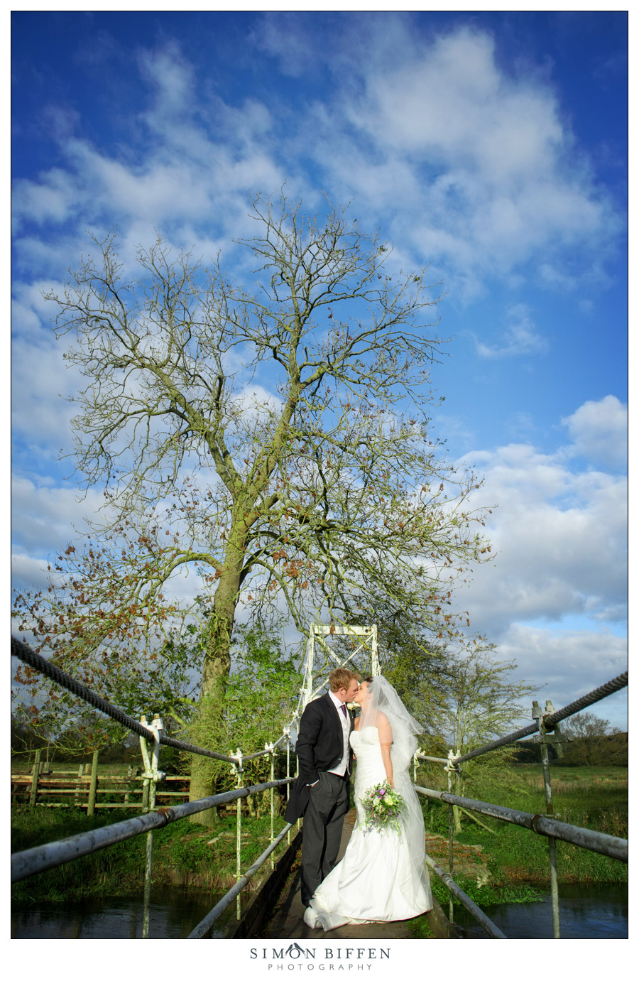 Bride & Groom - Simon Biffen Photography