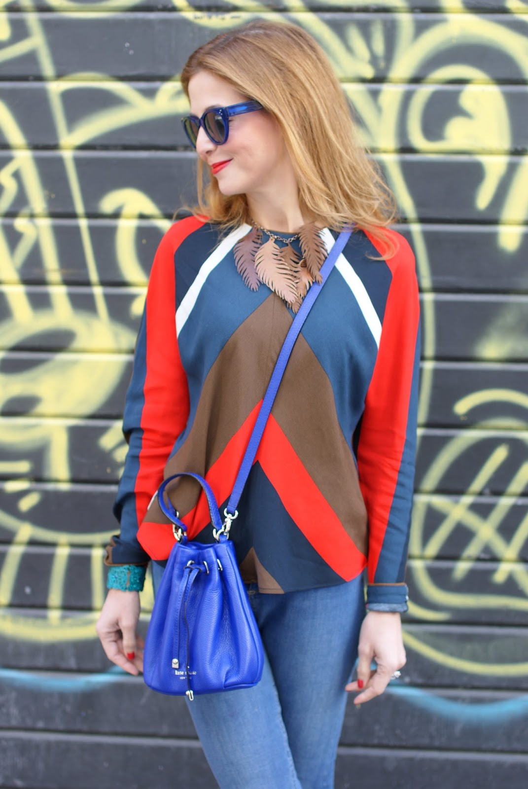 Kate Spade Wyatt mini bucket bag and Hype Glasses on Fashion and Cookies fashion blog, fashion blogger style