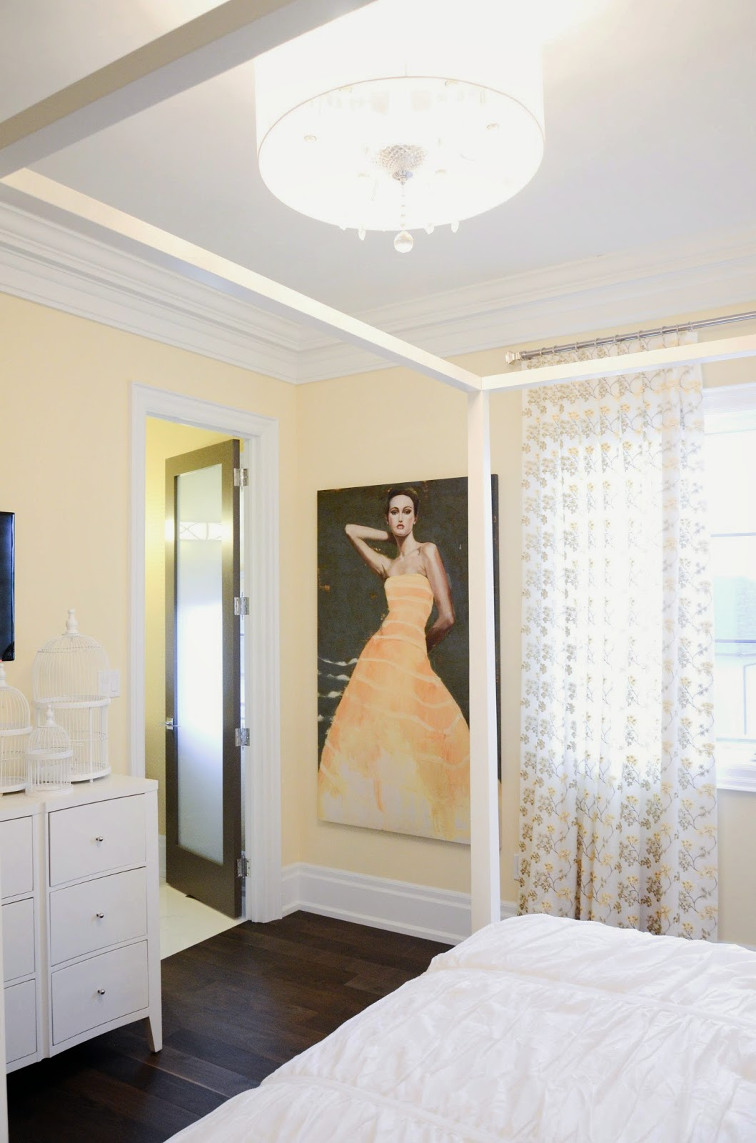 PMLOTTO KLEINBURG SHOWROOM: Bright Yellow bedroom decor ideas