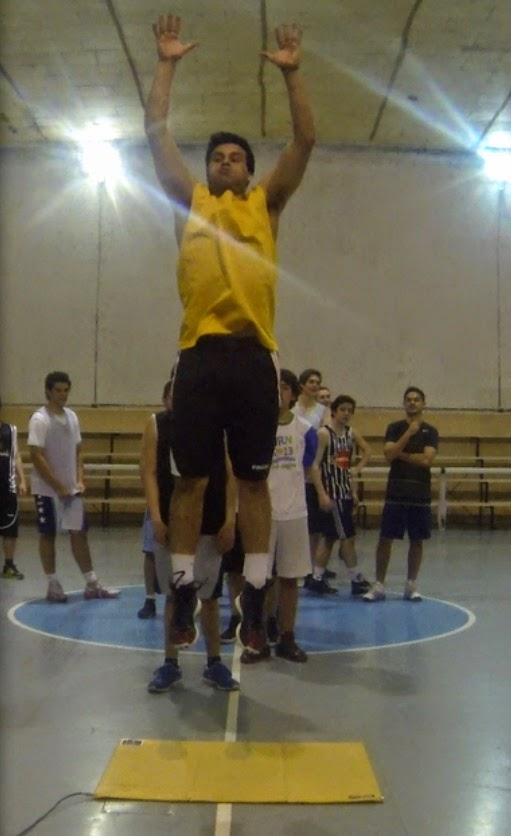 Controlan la evolución física y deportiva de unos 400 deportistas del club